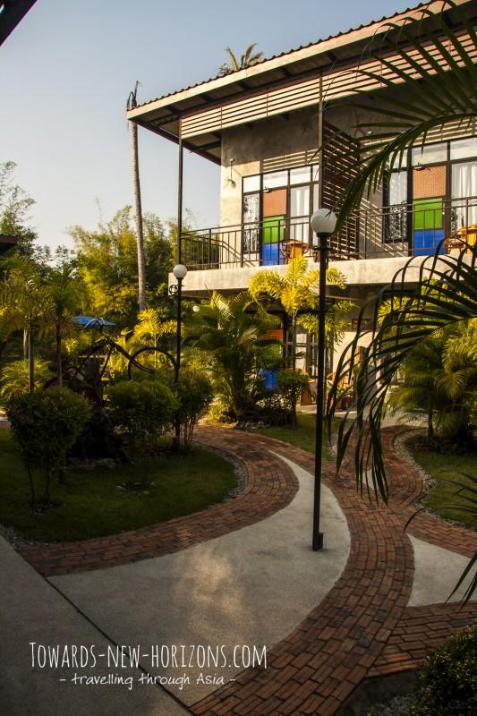The Picturebook guesthouse - 125/4-6 Soi 19 Intharakiri Rd - phone: +66 904596990